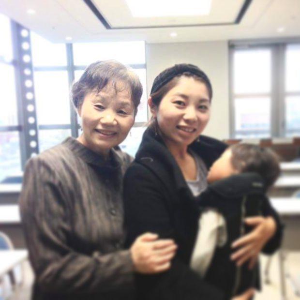 わらべうた産後ダンス上級編合格者の3人目は、宗像、福津 ぽょぽょえんじぇる の中島美咲さんです。4児の子育て真っ只中のママ講師です。子どもや家族を守る「魔法のスキル」を身につけて一緒に楽しく子育てしましょう♪ブログhttps://ameblo.jp/poyopoyo-angel#わらべうたベビーマッサージ#産後ダンス#上級編#福岡#魔法のスキル