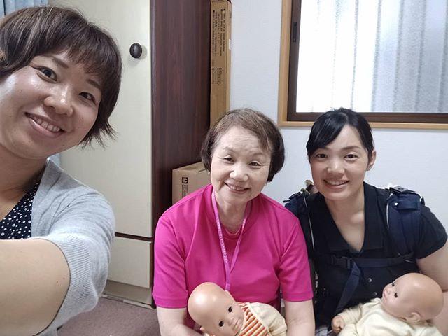 奈良での講習会です、アットホームでした、インストラクターさんの紹介です、何度もお教室でしていたので、完璧でした、おめでとうございます、期待しています、