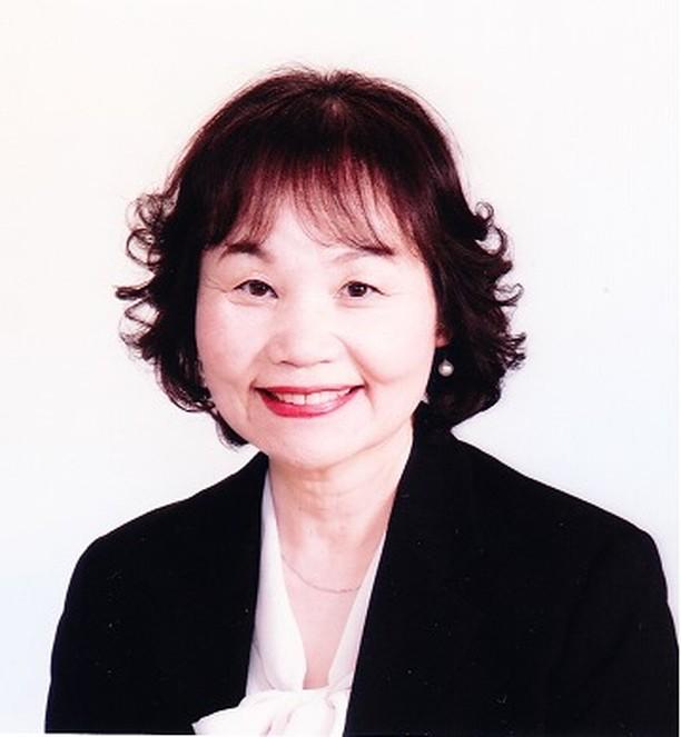 大阪事務所から奈良へ引っ越しをすることになりました。 4月8日引っ越しです。その後は奈良の自宅で奥田が2009年から一人で始めたような形で運営していきます。コロナウイルス感染症の為沢山の講習会が延期または中止になっております。こんな小さなところにも運営危機が来ているのを肌で感じます。昔を思い出しました。2009年は奥田一人でわらべうたベビーマッサージ講習会を回っていたなと、だからまた1からするつもりで「頑張ればいいわ」と思うことにしました。出来るところはやっていく予定です。どうぞ今後ともよろしくお願いいたします。